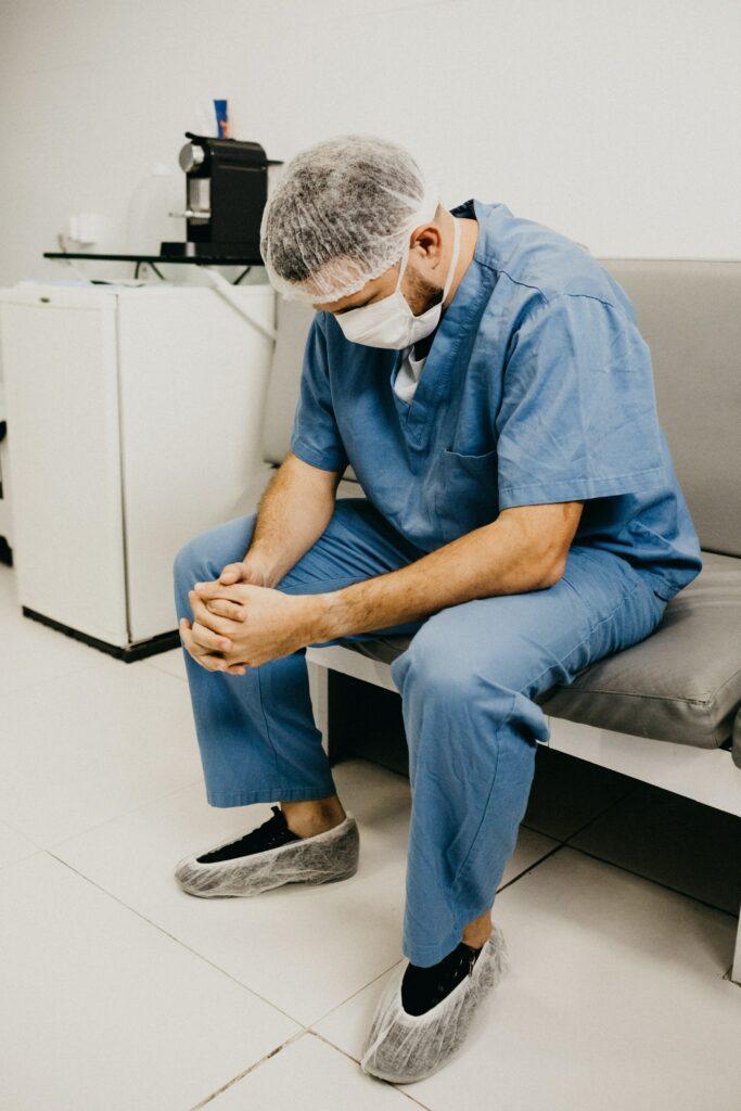 Medicina. trabajador quemado